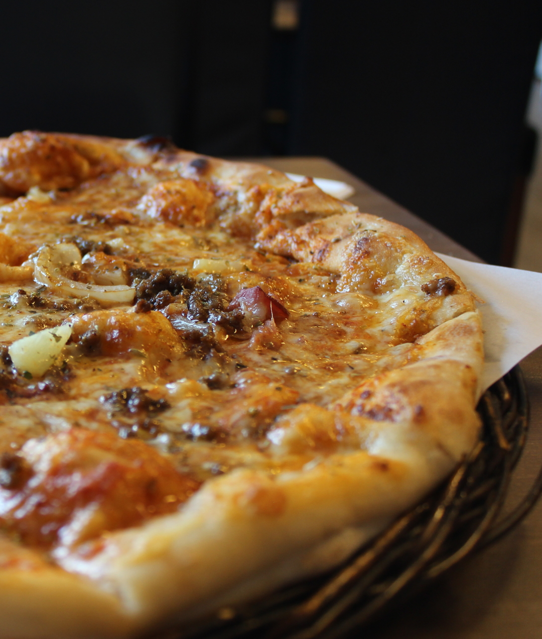 En velsmakende pizza