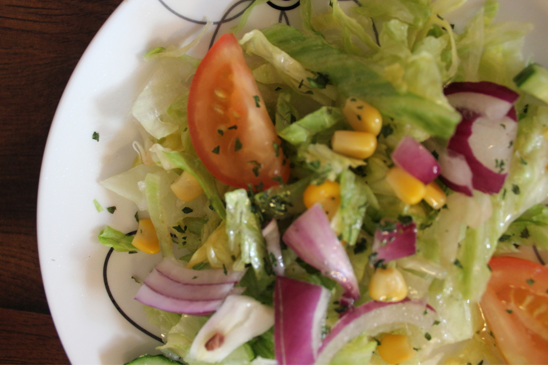 Frisk salat er godt tilbehør